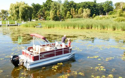 Pontoon Boats: What are They Good For? Fishing and Skiing and Floating. Oh  My!